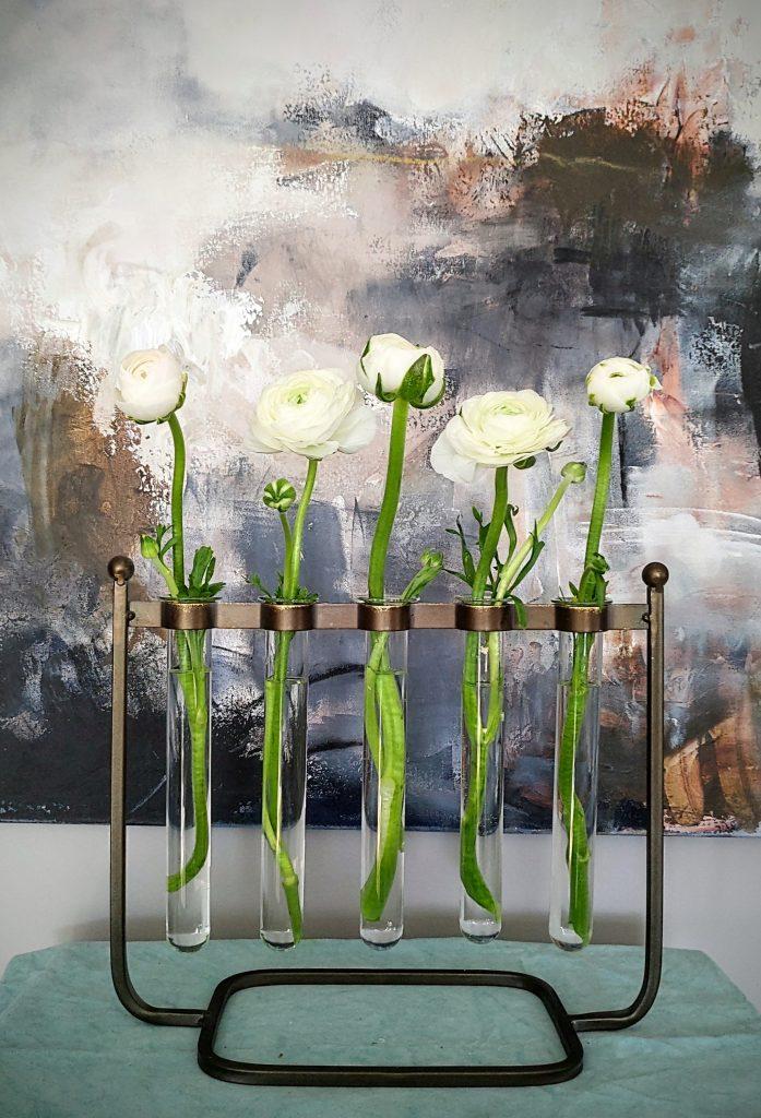Tee helppoja kukka-asetelmia vain muutamasta leikkokukasta!