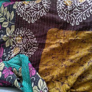 Vintage kantha peitto ruskea